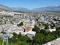 Gjirokastër Festung - Blick über die Stadt 1.jpg