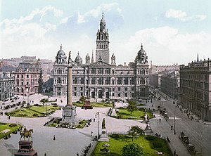 Glasgow City Chambers - The front of the City Chambers, from George Square.