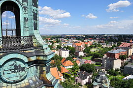 Gniezno katedra pw. Wniebowzięcia NMP(Widok na jedną z Wież Katedry)(2).jpg