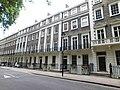 Gordon Square (east side), London 8.jpg