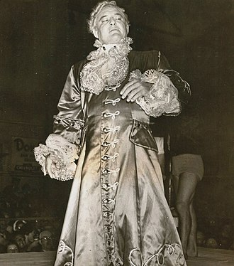 Heel (professional wrestling) - With his flamboyant gimmick, Gorgeous George became one of the most famous wrestlers of his era