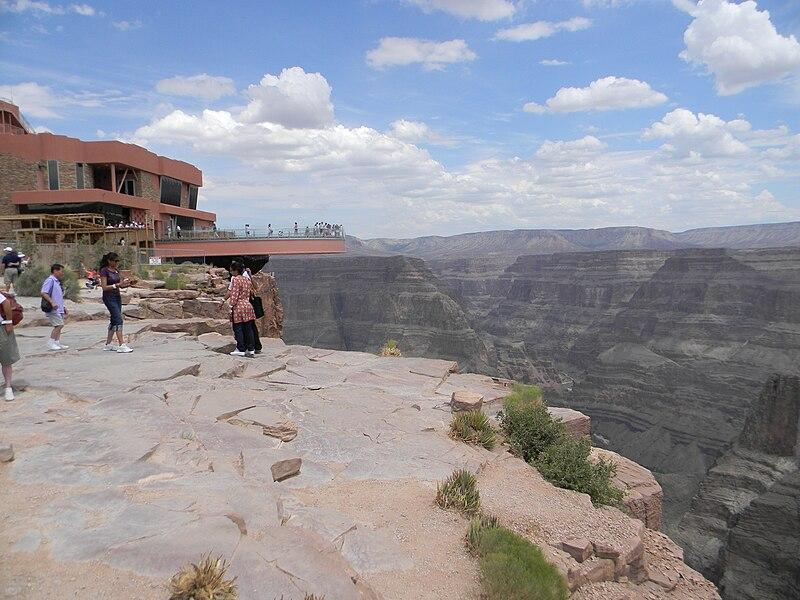 File:Grand Canyon West Rim Eagle Point Skywalk.JPG