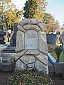 Grave of Tina Blau, Vienna, 2020.jpg