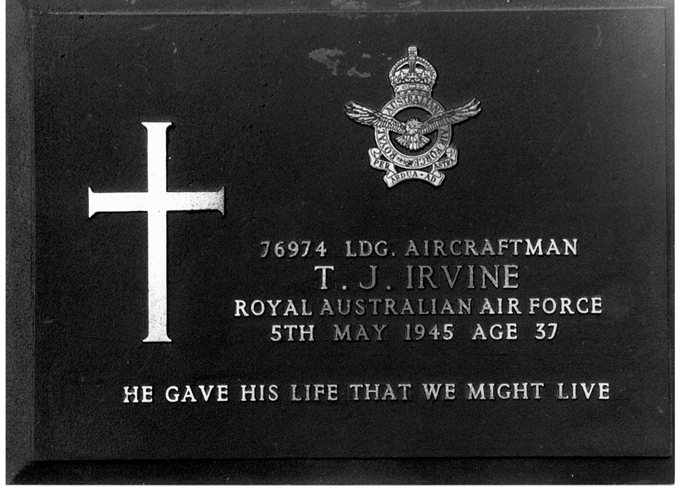 Gravestone of LAC Thomas Irvine, RAAF
