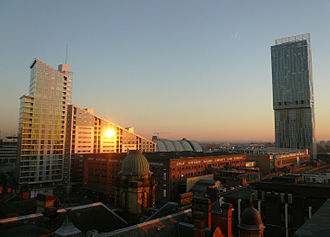 Economy of Manchester - The Beetham Tower, Manchester (right), the tallest building in the UK outside London, the Great Northern Tower (left) and the Great Northern Warehouse (centre)