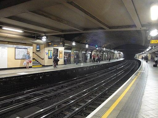 Great Portland Street tube station westbound platform 1
