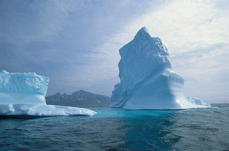 Greenland Iceberg (11834202236).jpg