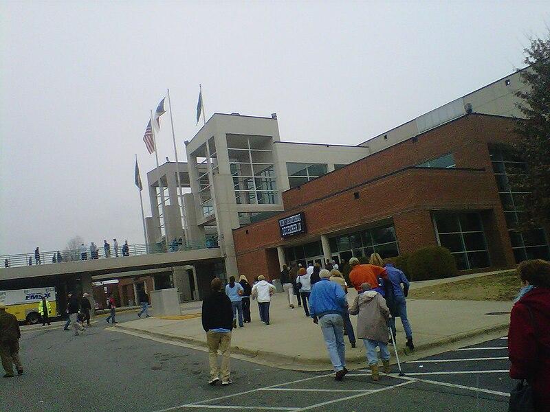 800px-Greensboro_Coliseum.jpg
