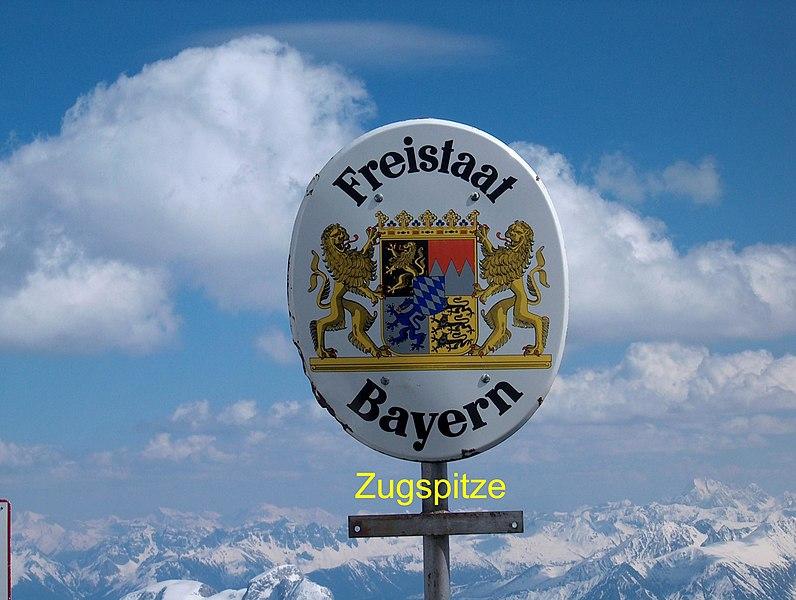 File:Grenzschild Freistaat Bayern - panoramio.jpg