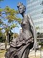 HK 尖東海濱平台 TST East Waterfront Podium 星光花園 Garden of Stars statue Anita Mui 梅艷芳 standing walking Dec 2016 Lnv2 05.jpg