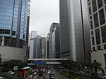HK Central covered footbridge 45 Connaught Road Hang Seng Bank HQ Building June-2012.JPG