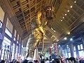 HK Shatin 沙田 車公廟 Che Kung Miu Temple interior 將軍神像 statue figure visitors Feb-2010.jpg