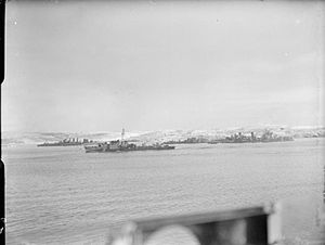 HMS Obdurate (G39) - Image: HMS Cumberland escort