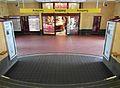 Hamburg - U-Bahnhof Mundsburg (13239291943).jpg