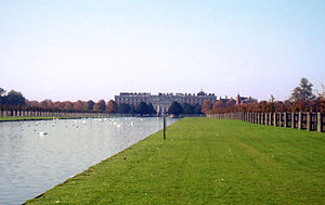 Hampton Court Park - Hampton Court, from the park