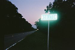 CR 476 enters Nobleton, Florida.