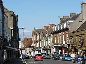 Shaftesbury - Image: High Street, Shaftesbury geograph.org.uk 1440129