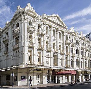 His Majesty's Theatre, Perth - The theatre dominates the surrounding streetscape