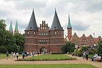 Holstentor, Lübeck, 001-2013.JPG