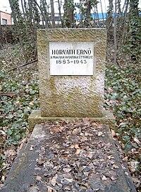 Horváth Ernő sírja.jpg
