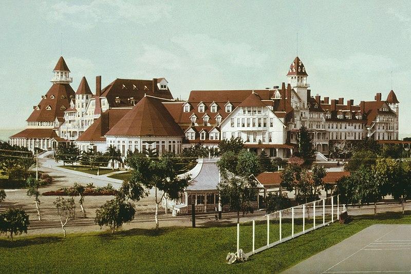 File:Hotel-Del-Coronado-Beach-cropped.jpg