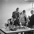 IBM-schaaktoernooi, jeugdkampioen E.C. Scholl tijdens zijn wedstrijd, Bestanddeelnr 919-3544.jpg