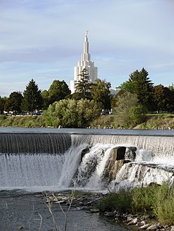 Idaho Falls LDS Temple - panoramio (1).jpg