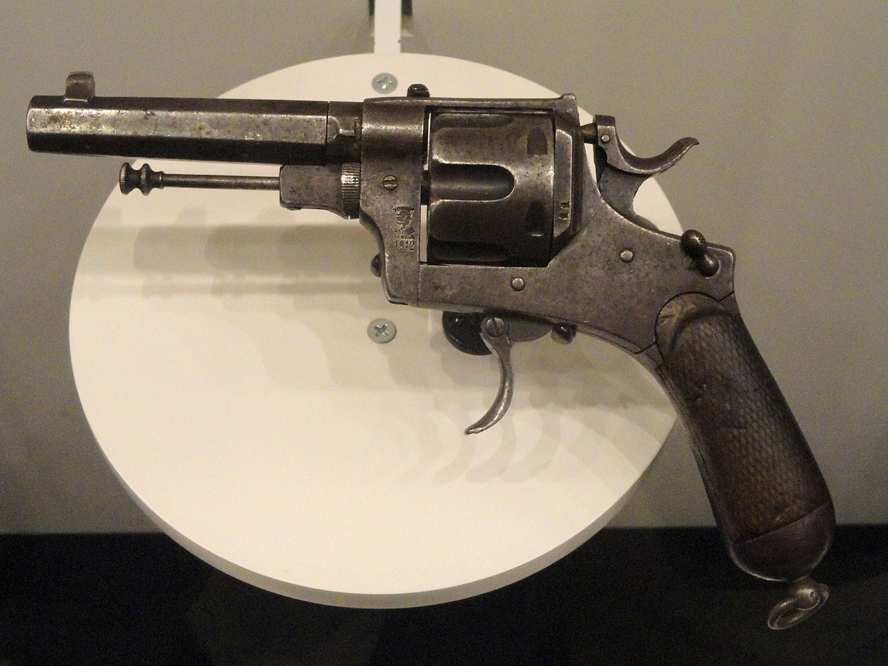 Italy revolver, Modello 1889, Pistola a Rotazione, System Bodeo, Caliber 10.35 mm, made in 1918 - National World War I Museum - Kansas City, MO - DSC07468.JPG