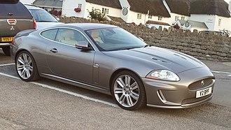 Jaguar XK (X150) - Jaguar XKR (pre-facelift)