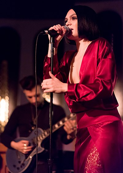 Picture of a band or musician: Jessie J