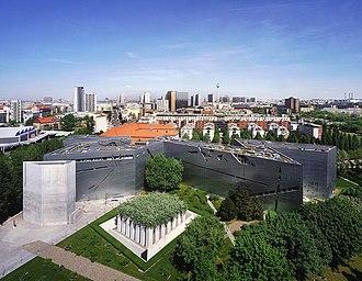 Deconstructivism - Image: Jewish Museum Berlin