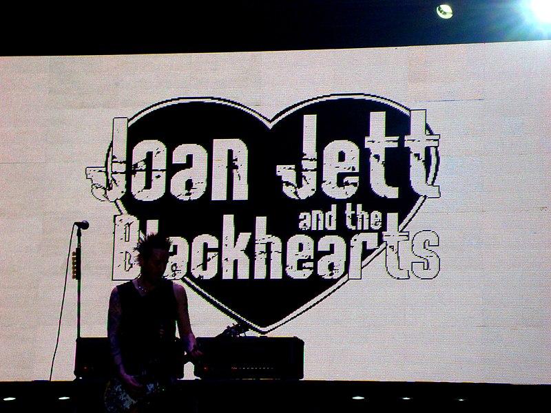 File:Joan Jett and The Blackhearts @ Lollapalooza Brazil 2012.jpg