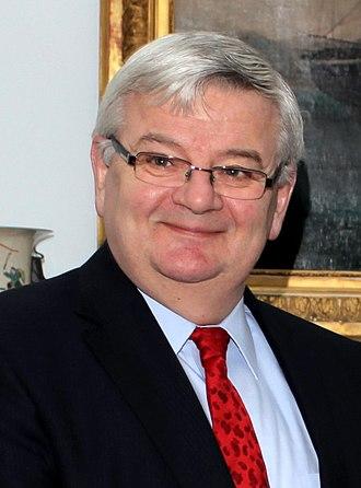 Joschka Fischer - Image: Joschka Fischer cropped
