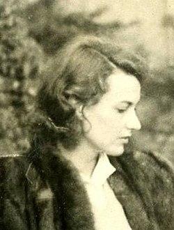 Judy Campbell in 1942.jpg