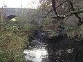 Kössein kurz vor der Mündung in die Röslau mit Markgrafenbrücke.JPG