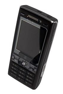 Sony Ericsson K800i cell phone model