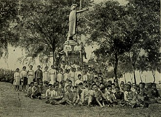 Kamehameha statues - Image: Kamehameha statue Kapaau 1908