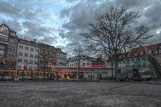 Karls-Apotheke - panoramio.jpg