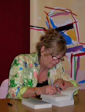Kate Atkinson cover