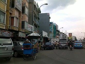Tanah Abang - Image: Kegiatan parkir di sekitar Pasar Tanah Abang, Jakarta