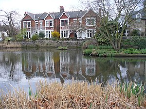 Kew Green - Image: Kew Green Pond geograph.org.uk 1228999