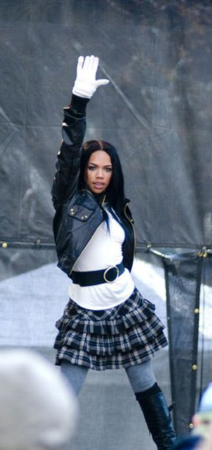 Kiely Williams - Williams at the 2008 Magnificent Mile Lights Festival