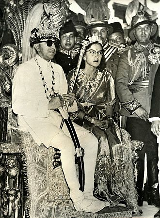 Queen Ratna of Nepal - King Mahendra Bir Bikram Shah Dev and Queen Ratna Rajya Lakshmi Devi Shah in their coronation on 2 May 1956.