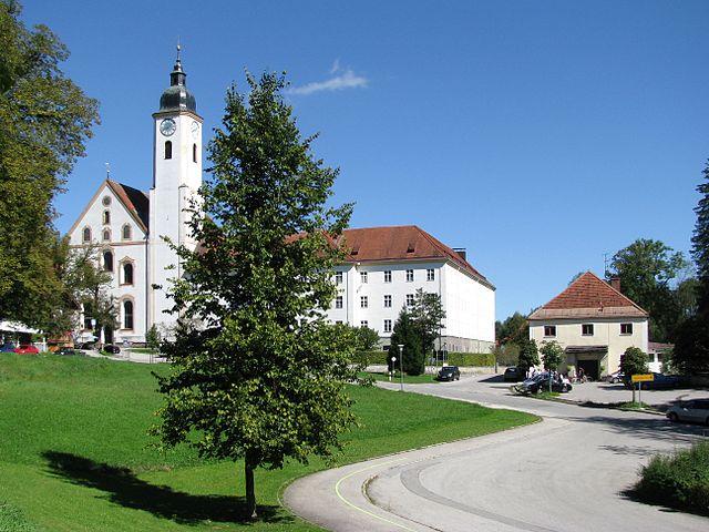 File:Kloster Dietramszell-GO-16.jpg - Wikimedia Commons