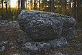Kylmäkorvenkallion uhripöydät Vasaraisissa 08.jpg