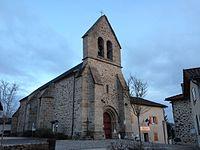L'église et la mairie de Burgnac.jpg