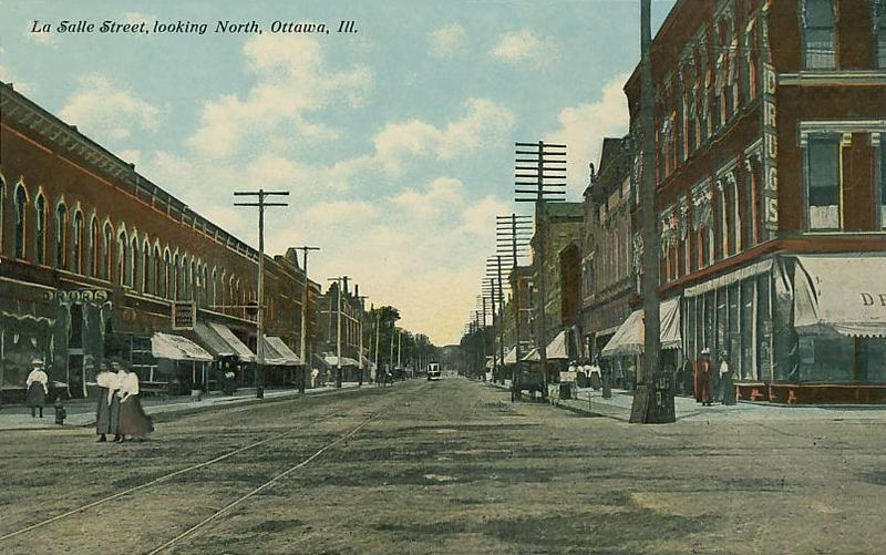 File:La Salle Street, Looking North, Ottawa, IL.jpg