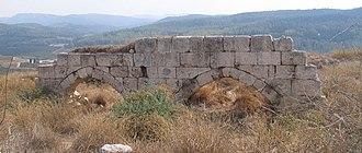 Rodrigo González de Lara - Ruins of the castle of Toron, which Rodrigo built in the Holy Land, at Latrun.