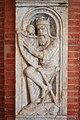 Le Roi David accordant sa harpe.jpg