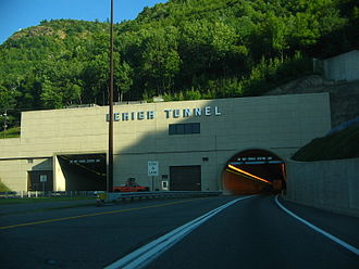 Lehigh Tunnel - Entrance to the Lehigh Tunnel heading southbound
